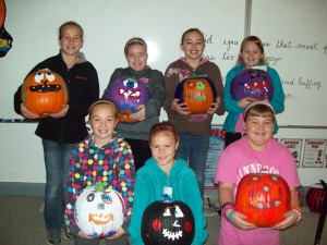 4th graders with pumpkins they decorated to be sold at Leevers