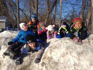 preschoolers on snow hill